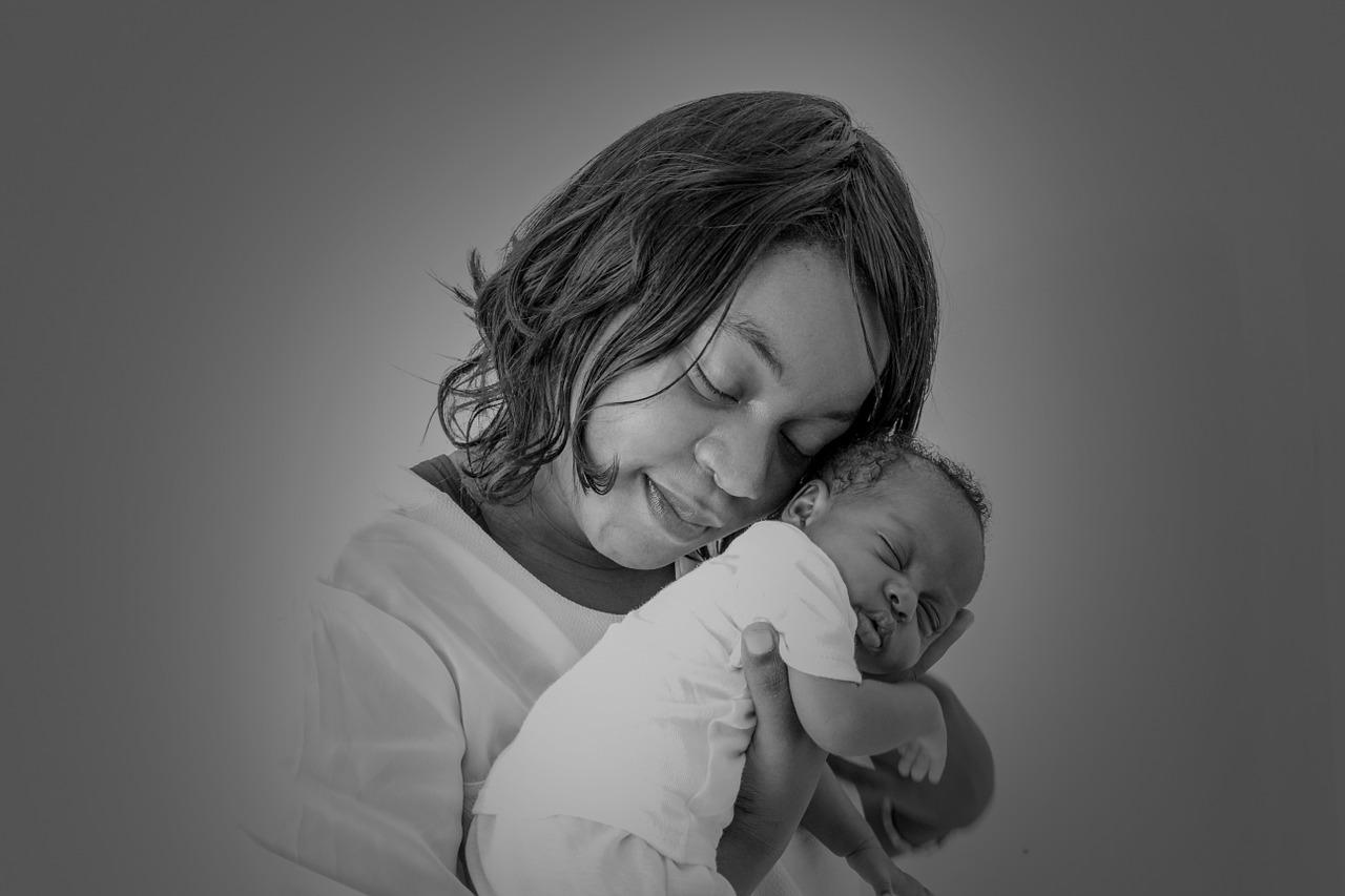 mothers-love-1317804_1280.jpg